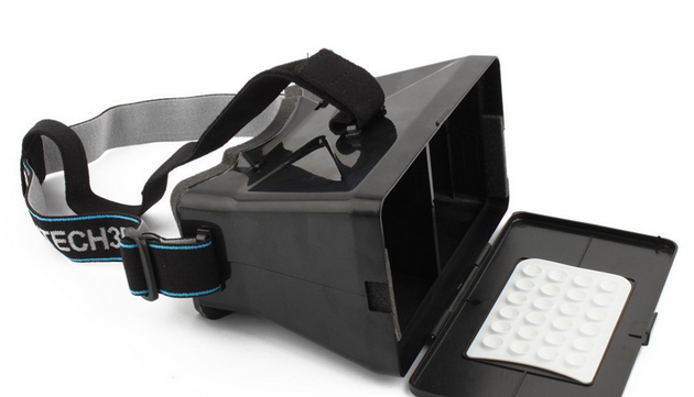 VR headset with smartphone hold